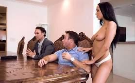 Fílmy Porno - Sofi Ryan, Zdrada Kontrolowana