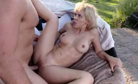 Porno Erotyczne - Cherie DeVille, Mamuśka