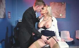 Seks I Erotyka - Kayla Green, Mamuśka