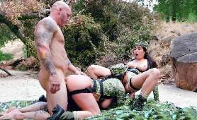 Pornoozel - Karlee Grey, Angela White, Ruchanie Cipki