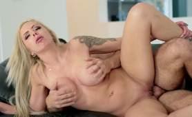 Darmowe Porno Xxx - Nina Elle, Blondynki