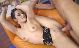 Porno Seks Darmowe - Lucia Nieto, Jeden Na Jednego